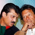 Chairman PTI Imran Khan and Dr Shahzad Waseem at dinner in honor of PFUJ delegates.