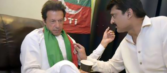 Dr Shahzad Waseem in a Meeting with Imran Khan in the Container