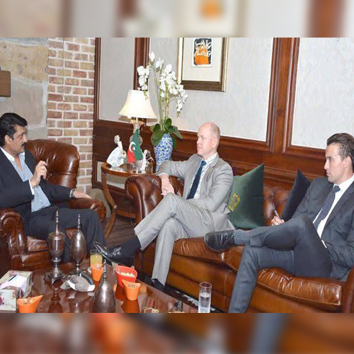 Canadian High Commissioner Called on Dr Shahzad Waseem at his residenceFE