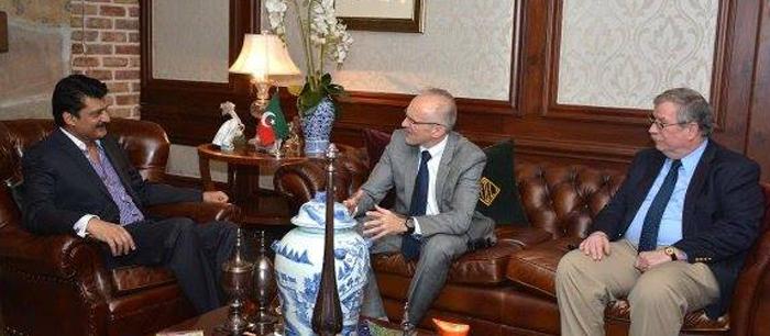 DSW met US Delegation at His Residence FE