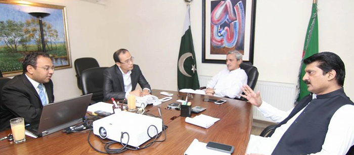 Dr Shahzad Waseem & Jahangir Khan Tareen Meets Chinise IT Specialist FEATUREIMAGE