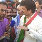 Dr Shahzad Waseem Talking to media in Tehreek e Ahtisaab Rally