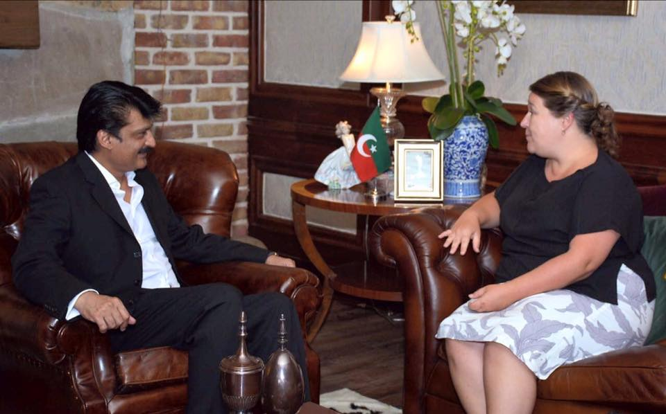 Dr Shahzad Waseem meet Ms Jude Maxworthy PC of British HC