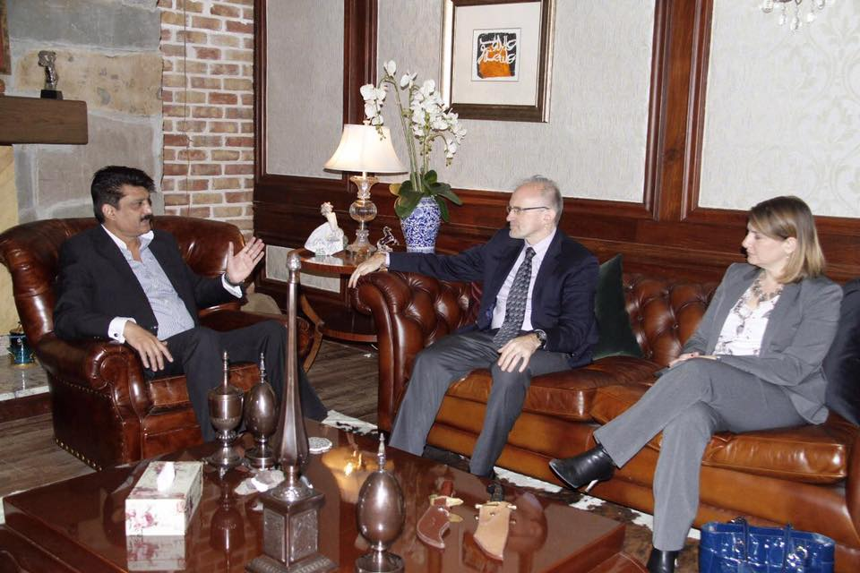 Dr Shahzad Waseem received delegates of USA embassy at my residence - 1