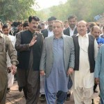 Dr Shahzad Waseem with Abdul Aleem khan reviewing arrangements for our encamped PTI workers at bani gala
