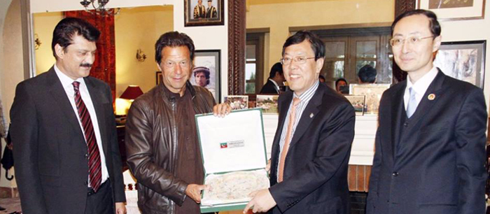 Dr Shahzad Waseem with Imran Khan Meeting CPC Delegation - Feature Image