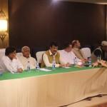 اسلام آباد: چیئرمین تحریک انصاف عمران خان کی زیرصدارت تحریک انصاف کی کور کمیٹی کا اجلاس جاری۔